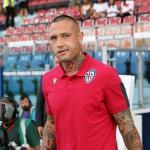 Radja Nainggolan en la previa a un partido con el Cagliari. / ronaldo.com