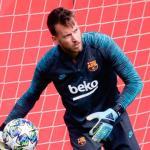 Neto puede ser el primero en salir del Barcelona / FCBarcelonanoticias.com