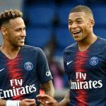 Neymar junto a Kylian Mbappé en un partido de la Ligue 1 / PSG