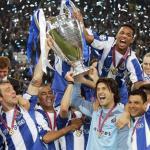 El Oporto levanta su segunda Champions League en 2004 / UEFA