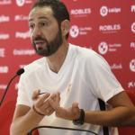 Pablo Machín durante una rueda de prensa. Foto: Sevillafc.es