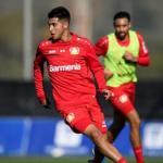Exequiel Palacios sufre la adaptación al fútbol europeo
