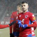 La particular 'final' del Athletic y Real Sociedad por Oyarzun. Foto: Mundo Deportivo