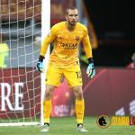 Pau López en un partido con la Roma. / siamolaroma.it