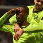 Nicolás Pépé, celebrando un gol / twitter