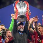 Klopp levanta el título de campeón de Europa. / liverpoolfc.com
