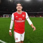 Primera oferta del PSG por Héctor Bellerín / Arsenal.com