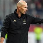 """Zinedine Zidane y la enfermedad de no rotar """"Foto: Defensa Central"""""""