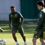 """El regreso de Francis y Kaptoum, un problema para el Betis """"Foto: ABC"""""""