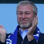 Roman Abramovich aplaude al Chelsea / El Universo.