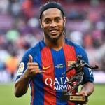 Ronaldinho señala al futuro nueve del Barça / Mediotiempo.com