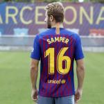 Samper, con la camiseta del Barcelona / twitter