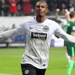 Sébastien Haller, celebrando un gol con el Eintracht. Foto: Eintracht.de