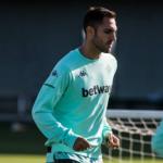 """Víctor Ruiz ya negocia su renovación con el Real Betis """"Foto: ABC de Sevilla"""""""