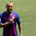 Arturo Vidal pone de su parte para salir del Barcelona