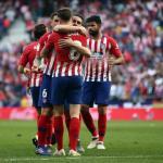 Jugadores celebran un gol / Atlético