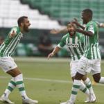 """Vender a William Carvalho y Borja Iglesias para fichar a un central """"Foto: Diario de Sevilla"""""""
