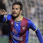 Xavi Torres celebra un gol con el Levante